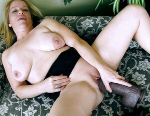 Hungry for cock amateur lonely women having orgasms with dildos